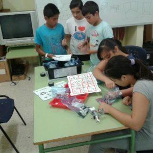 Uso educativo de la robótica en primaria con el modelo EV3 de lego.