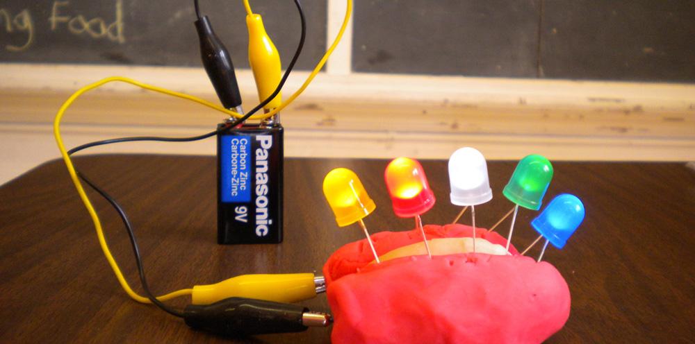 Circuito Electrico Simple Como Hacerlo : Annmarie thomas ciencia práctica con circuitos de plastilina el