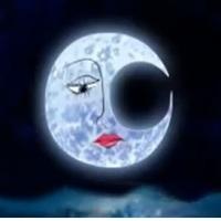 La luna perdió su arete