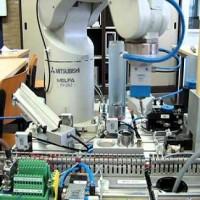 Simuladores de un brazo robot
