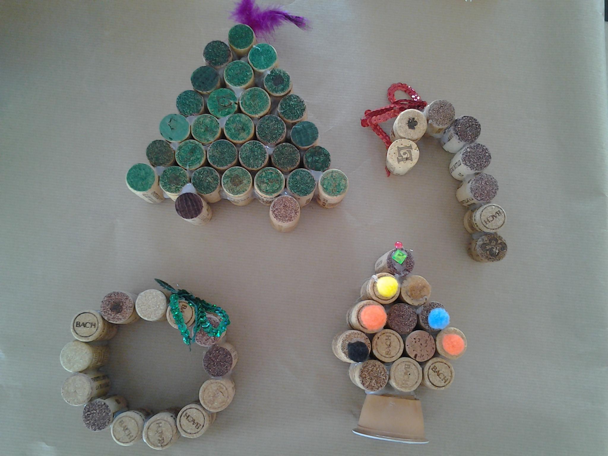 en el ies vign tambin celebramos la navidad de la forma ms sostenible todos los adornos se realizan con material reciclado aqu vemos algunos ejemplos