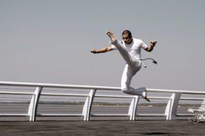 ¿Danza o arte marcial? La enseñanza de la capoeira desde un enfoque cooperativo e interdisciplinar