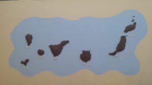 Mural con las Islas Canarias en el patio de Infantil