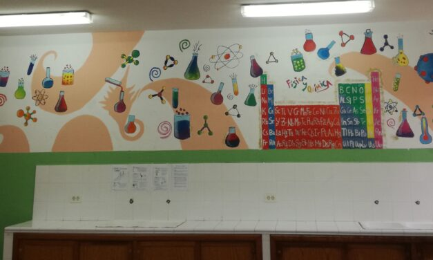 Decoración del aula de Física y Química