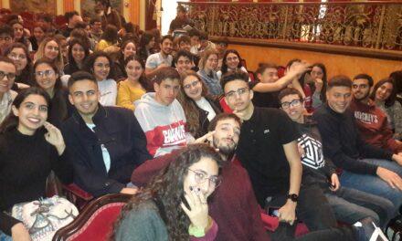 Alumnado de bachillerato asiste a la representación de La Casa de Bernarda Alba