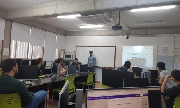 La empresa Cometa visita el centro para hablar de tecnologías de desarrollo