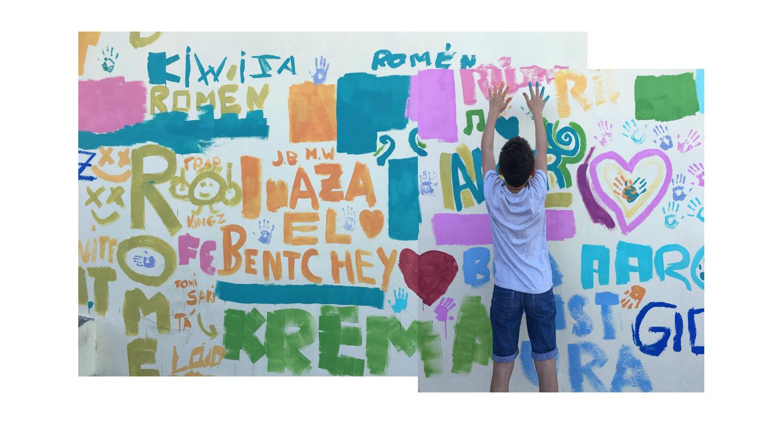 Boamistura, nos ayuda en el IES Tablero I a pintar nuestro muro