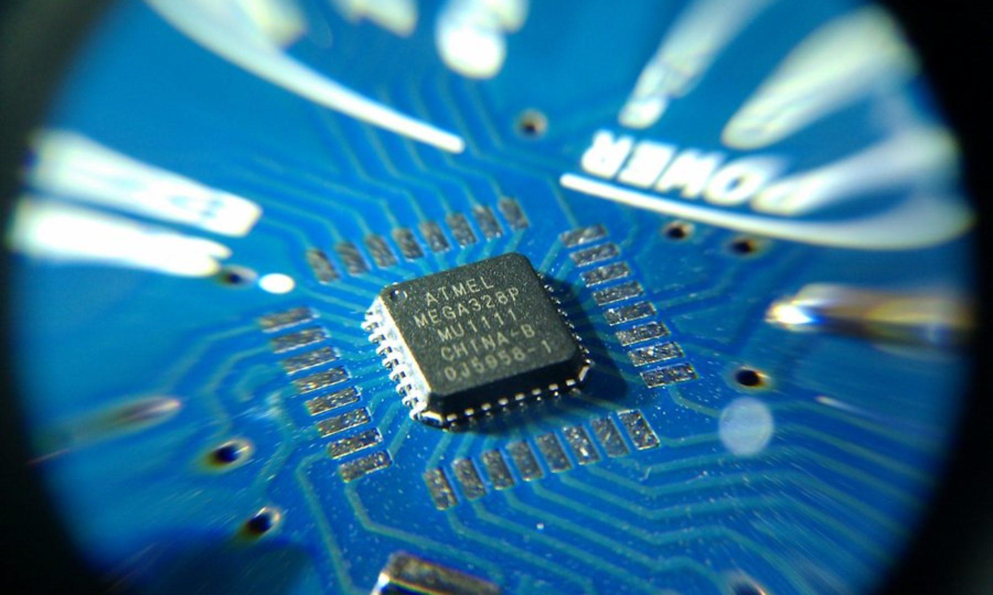 Enlaza 2017 - IOT Programación y montaje de arduinos, esp8266 y Raspberry Pi (CF Informática - IES LOmo de la Herradura y IES Roque Amagro)