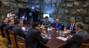 Un instante del encuentro celebrado en Presidencia.