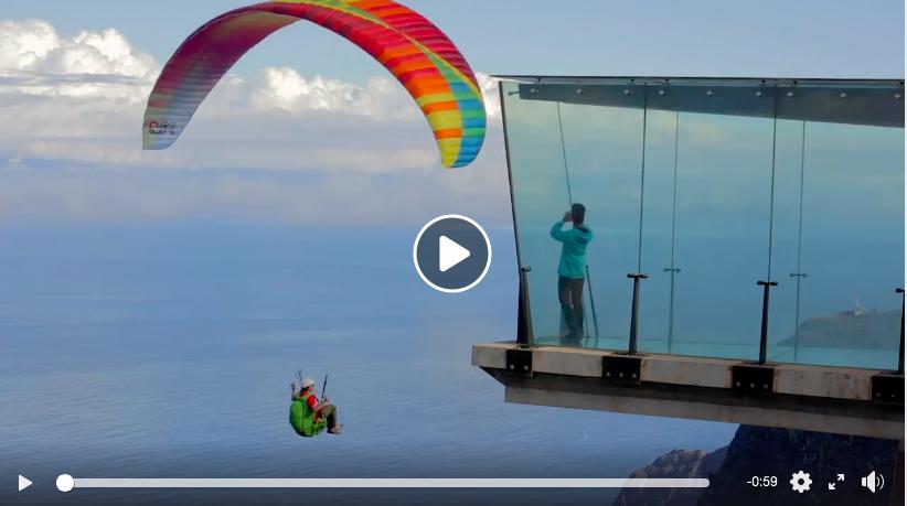 Campeones mundiales de parapente promocionan Canarias