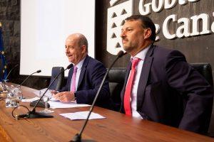 Inauguración del ' Encuentro sobre el nuevo Estatuto de Autonomía' .