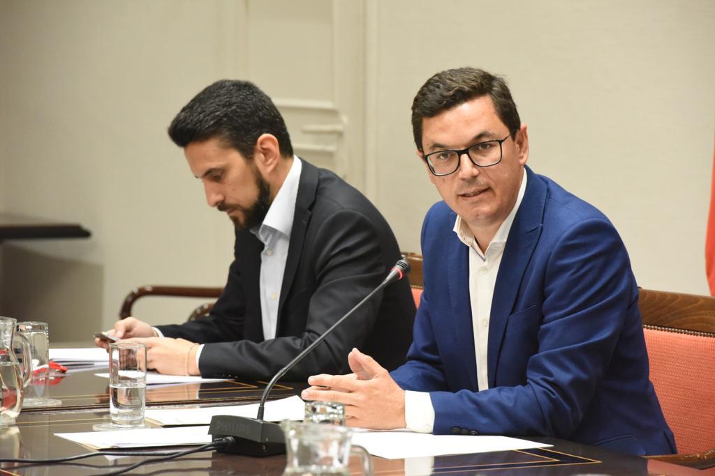 Pablo Rodríguez durante la comisión parlamentaria