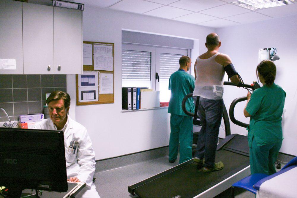La Candelaria inicia inicia un proyecto piloto para agilizar pruebas en cardiología