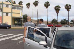 Agentes de la Policía Autonómica en una práctica