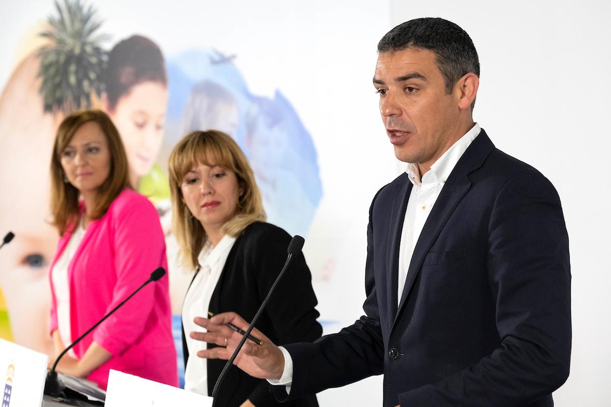 El consejero Narvay Quintero en la rueda de prensa del Consejo de Gobierno