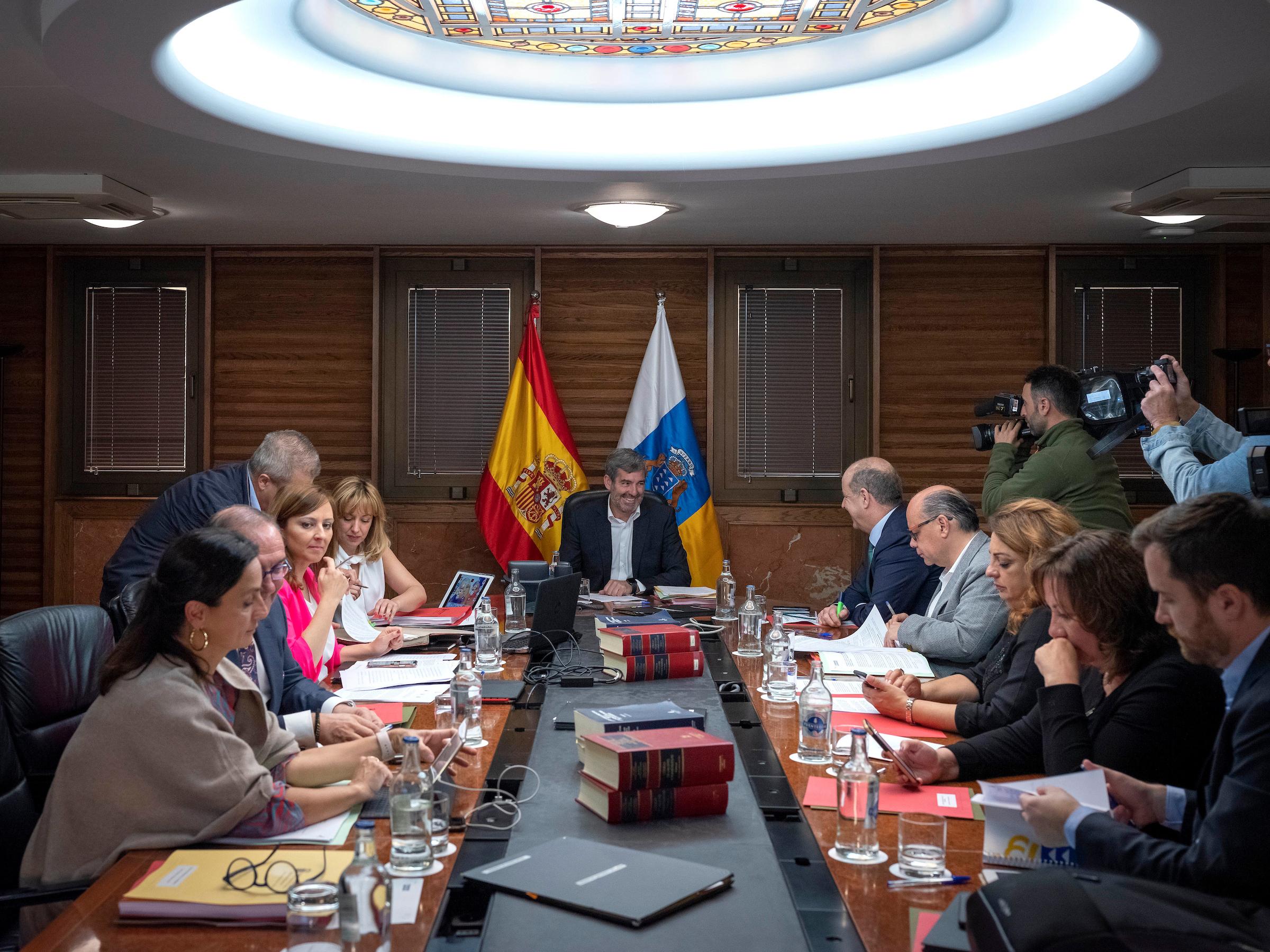 Fernando Clavijo preside la reunión del Consejo