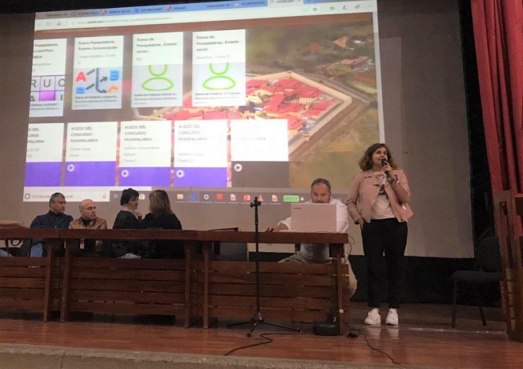 Momento de exposición en el seminario.