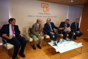 Pedro Ortega junto a los otros participantes en la segunda sesión del Encuentro Empresarial Canarias-Marruecos.