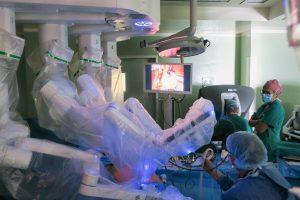 Cirugía robótica en cáncer colorrectal en el Hospital de La Candelaria