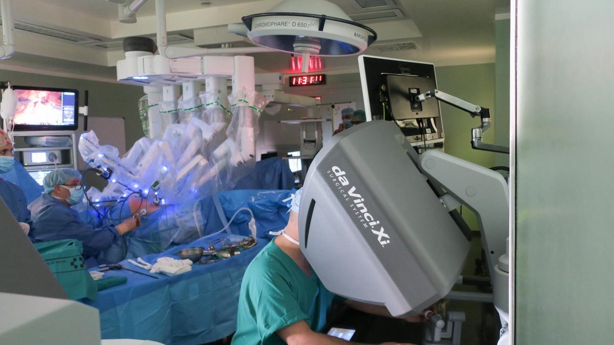 Cirugía robótica en cáncer colorrectal