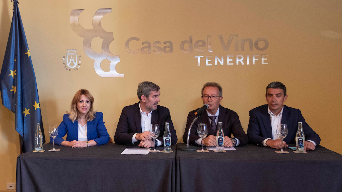 Encuentro con la Asociación de Cosecheros y Exportadores de Flores y Plantas Vivas de Canarias