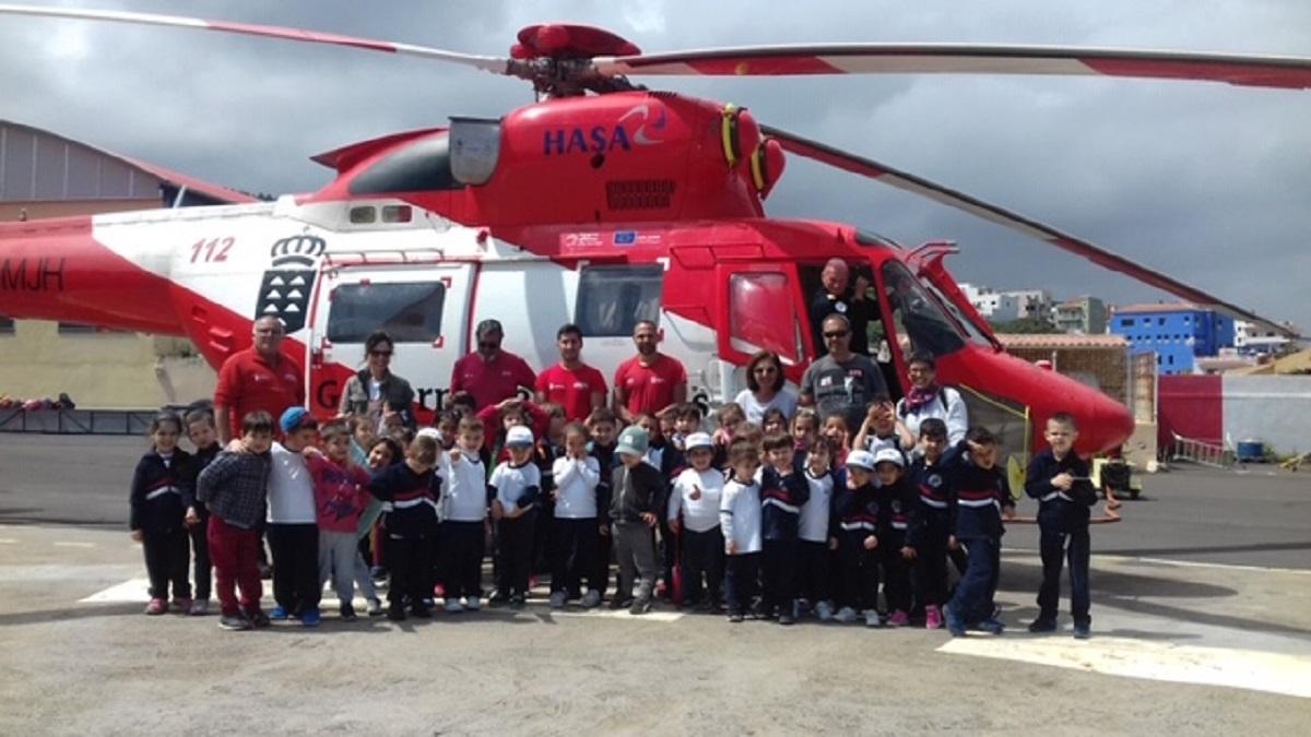 Escolares visitan base del GES en Tenerife