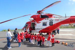 Escolares entran a helicóptero GES