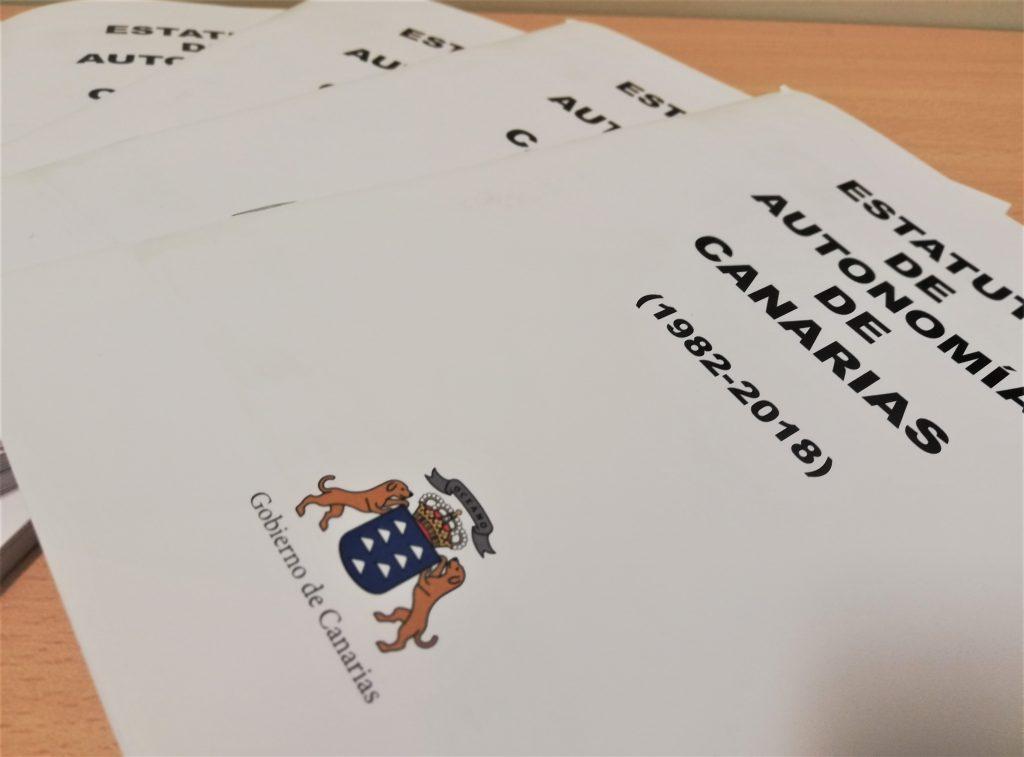 Cuadernos de difusión sobre el Estatuto de Autonomía de Canarias.