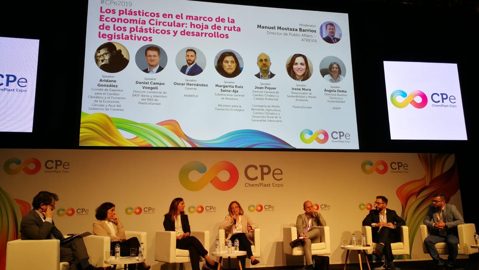 Canarias presenta su estrategia sobre el plástico en el Congreso Europeo