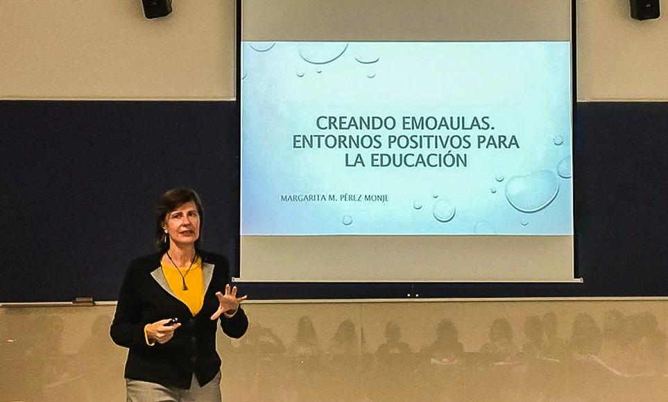 Canarias expone su modelo de educación emocional en Barcelona.