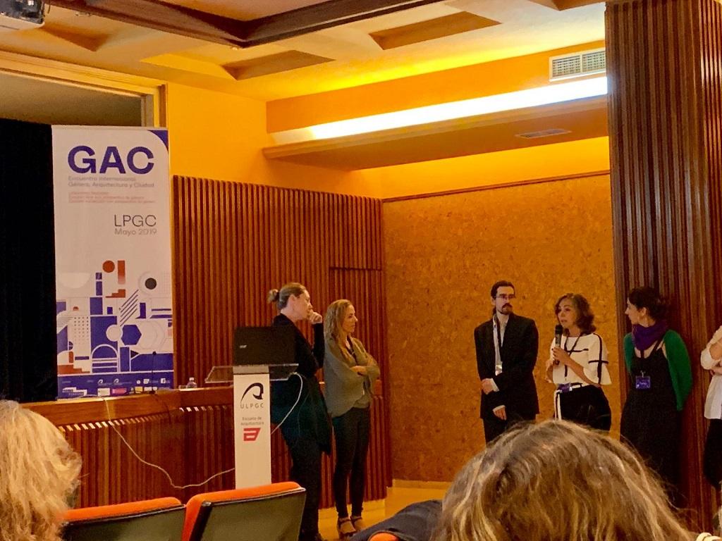 Matilde Rubio durante la ponencia