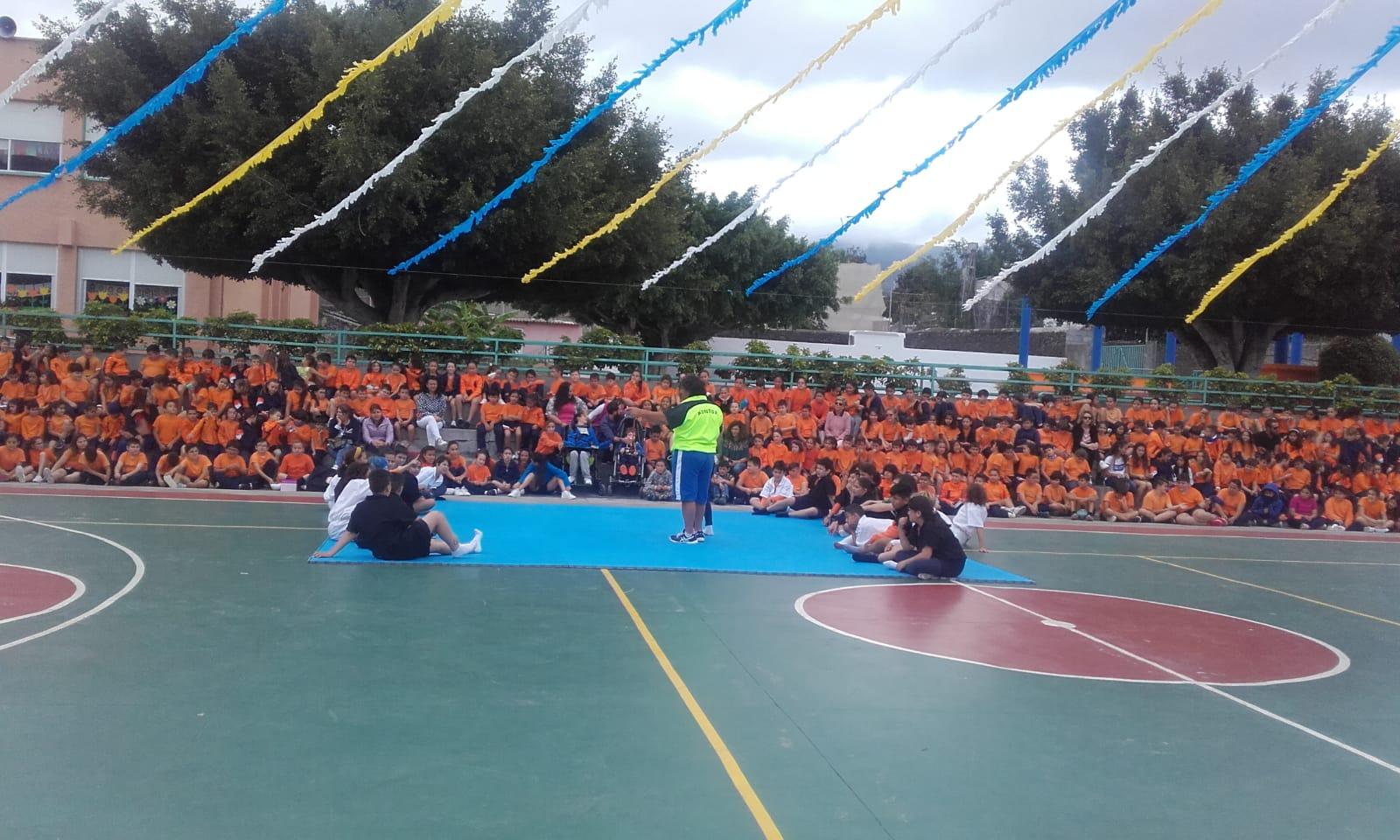 Escolares de todas las islas participan en una Luchada Juvenil Simultánea por el Día de Canarias