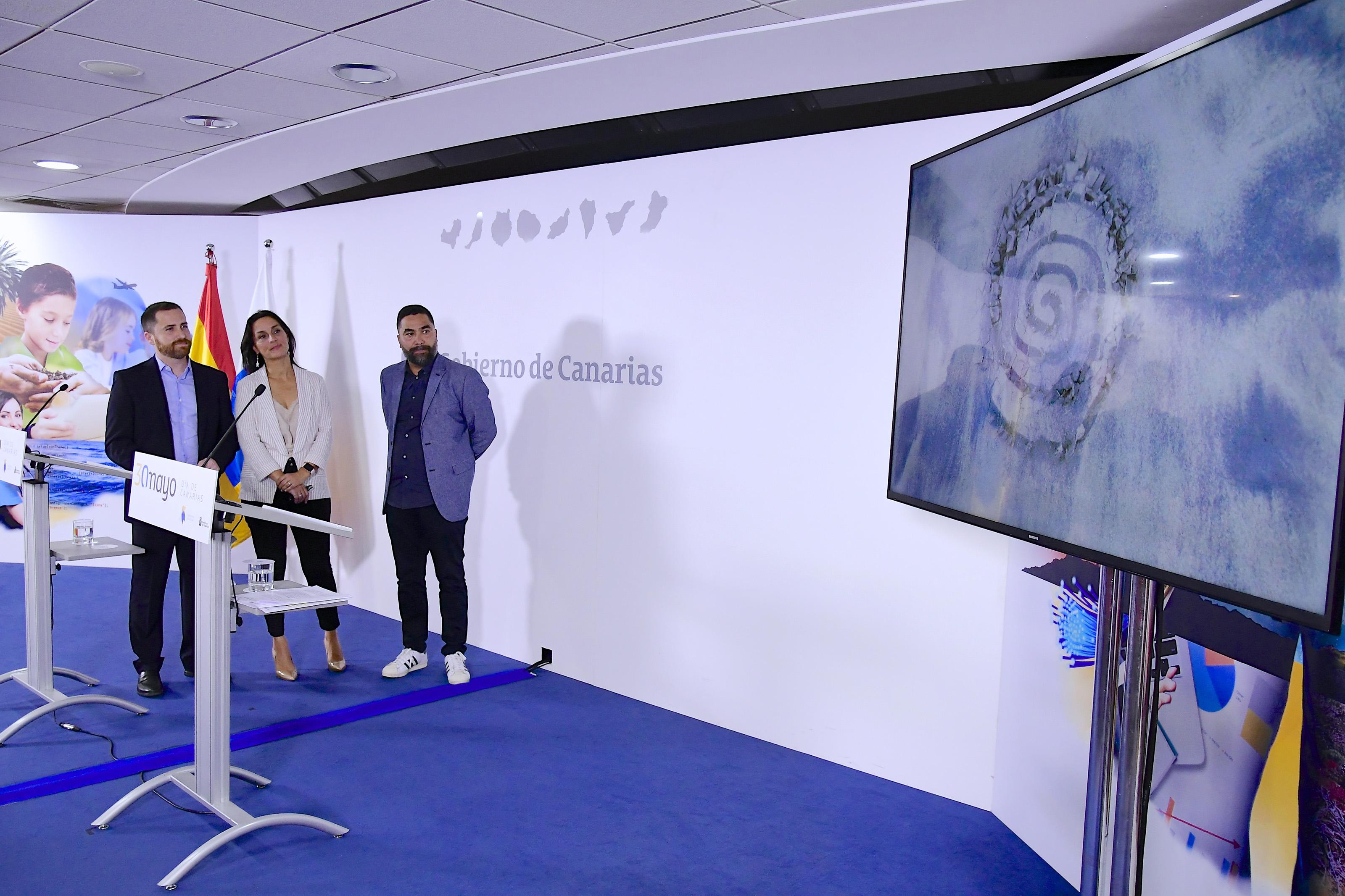 rp Día de Canarias Isaac Castellano, Alexandra Betancort e Israel Reyes2