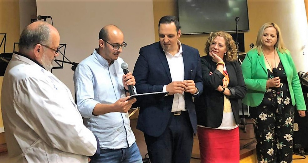 Beatriz Páez y José Izquierdo junto a otros participantes de la Jornada