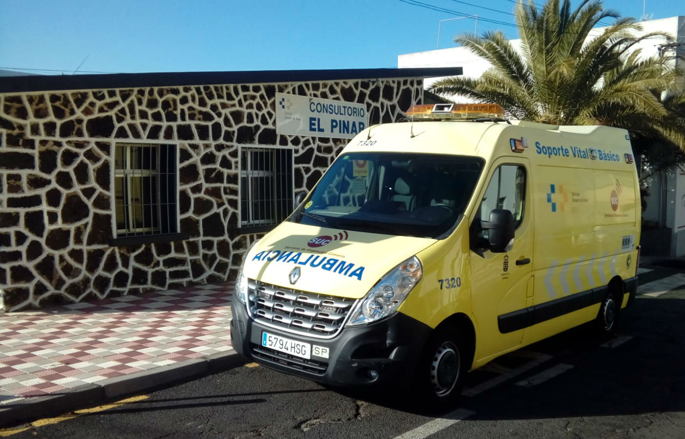 Ambulancia de soporte vital básico en El PInar