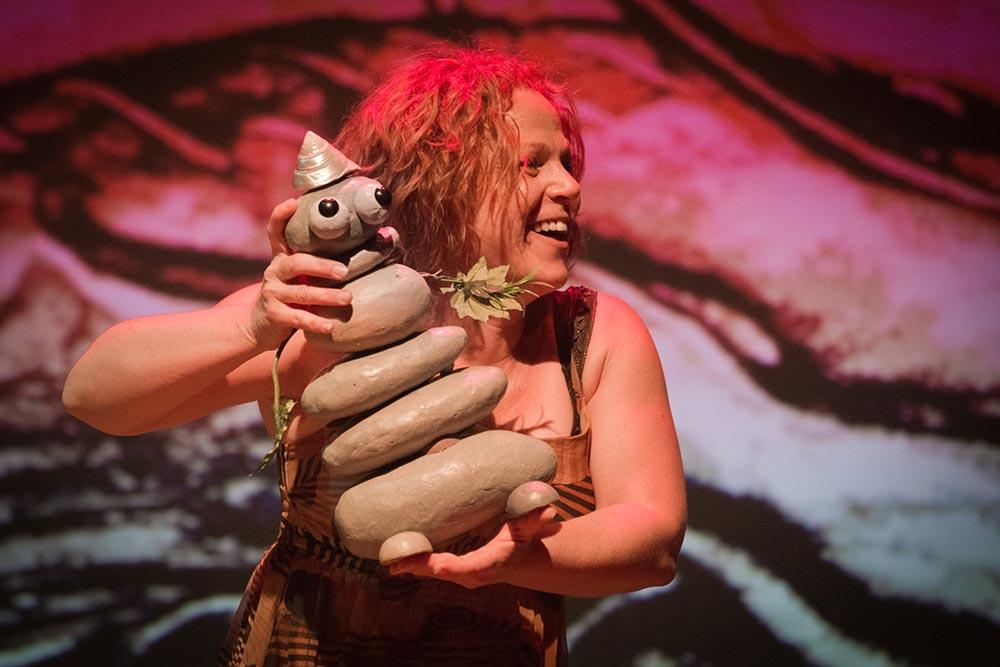 María Mayoral y el duende Puck