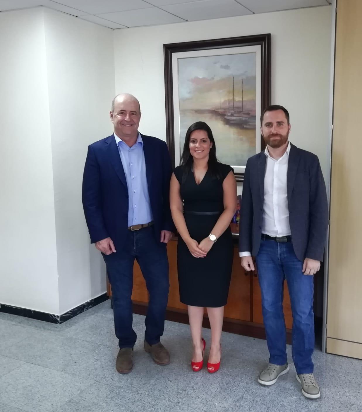 Reunión Yaiza Castilla, Pedro Ortega e Isaac Castellano