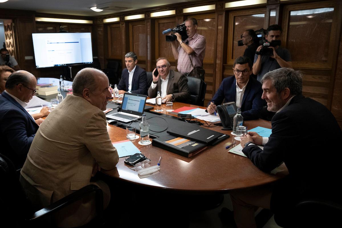 Fernando Clavijo preside la reunión del Consejo de Gobierno