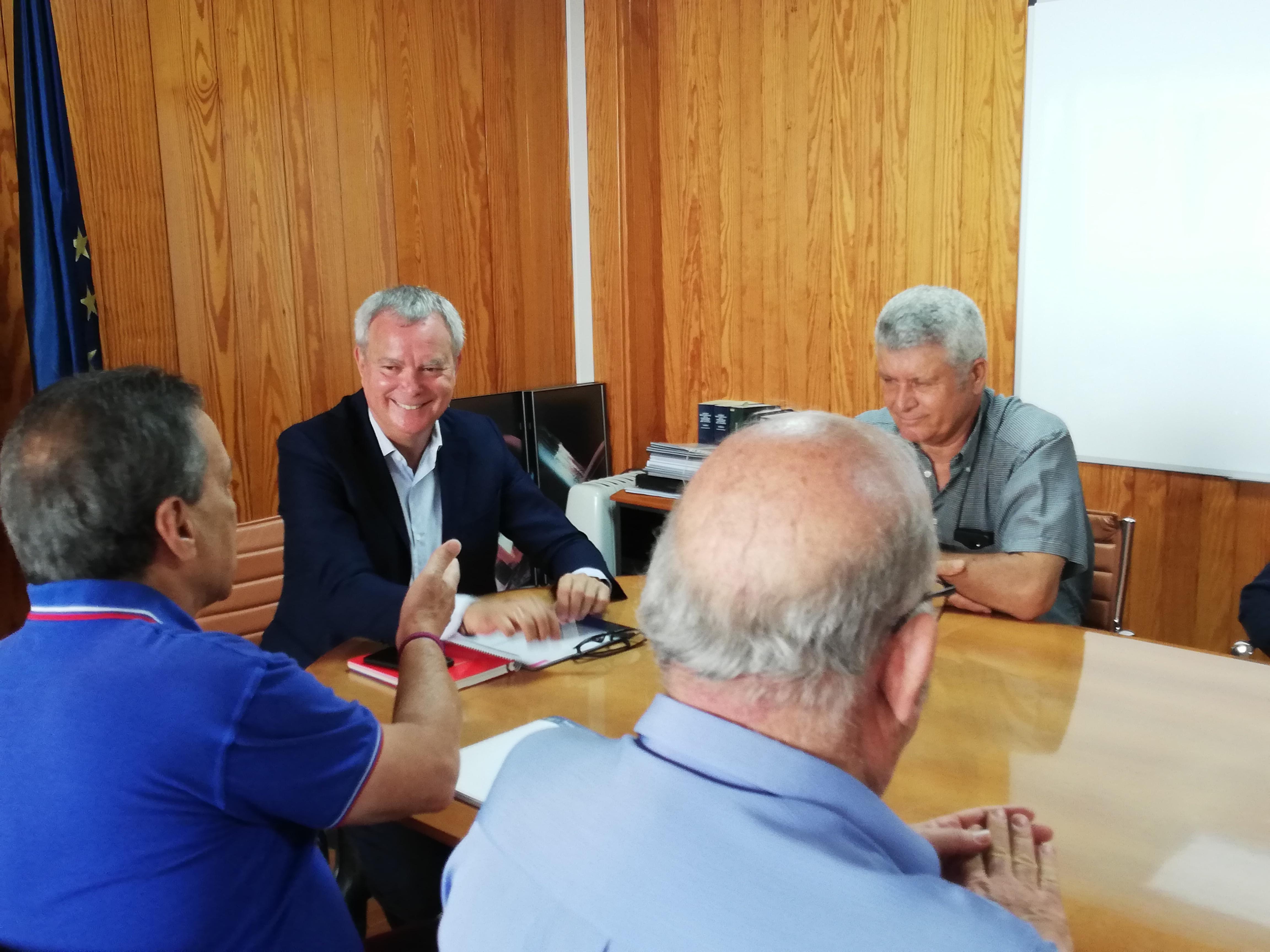 Franquis traslada al Foro Roque Aldeano el compromiso de iniciar la carretera de La Aldea en septiembre