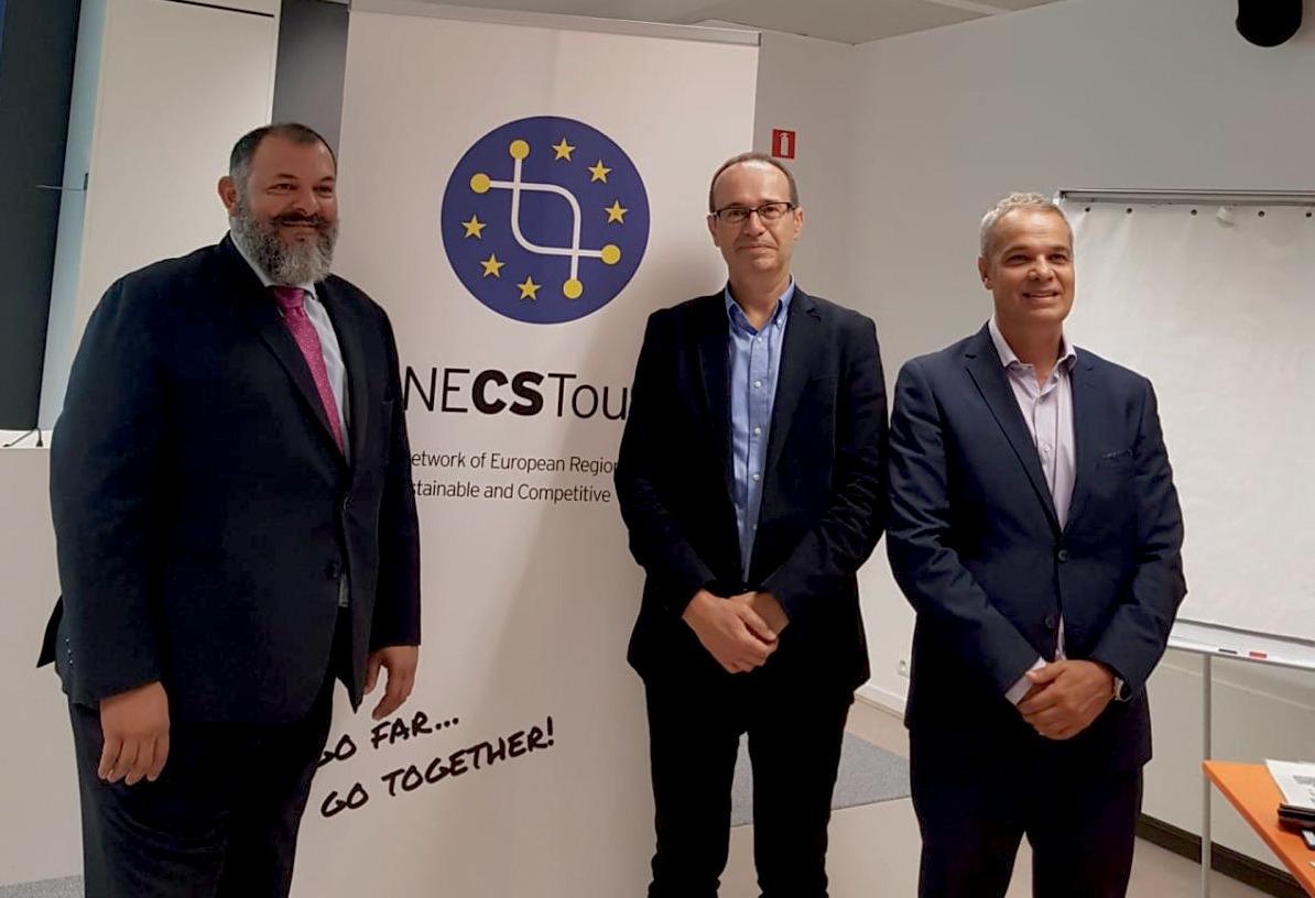 Canarias defiende en Bruselas una gestion del turismo vinculada a una inversion sostenible y productiva