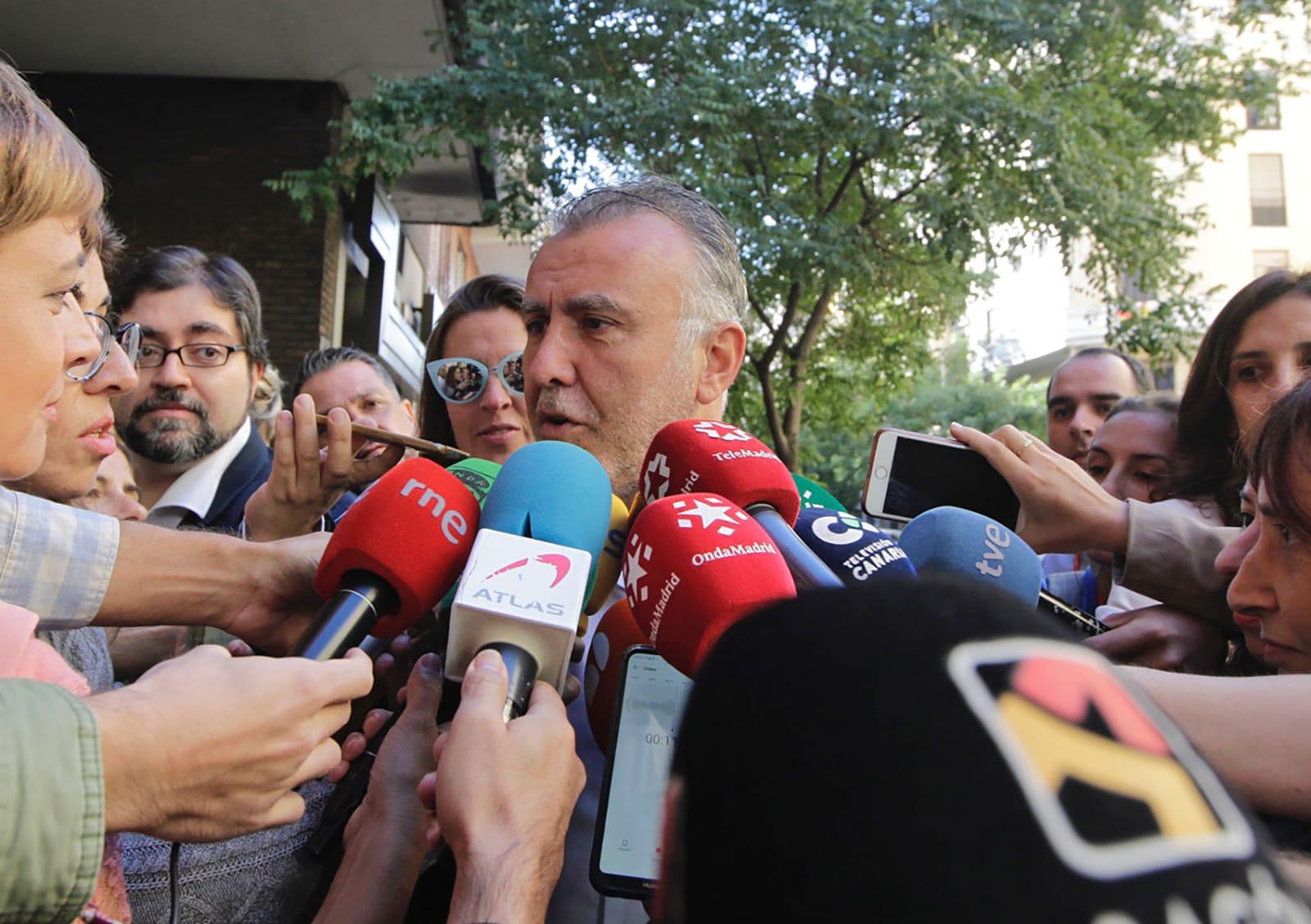 Torres confirma que se aplazan los pagos a la Seguridad Social para empresas por la quiebra de Thomas Cook