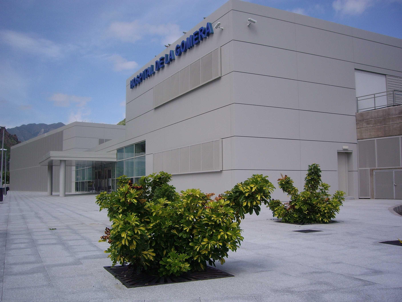 Fachada del Hospital de La Gomera.