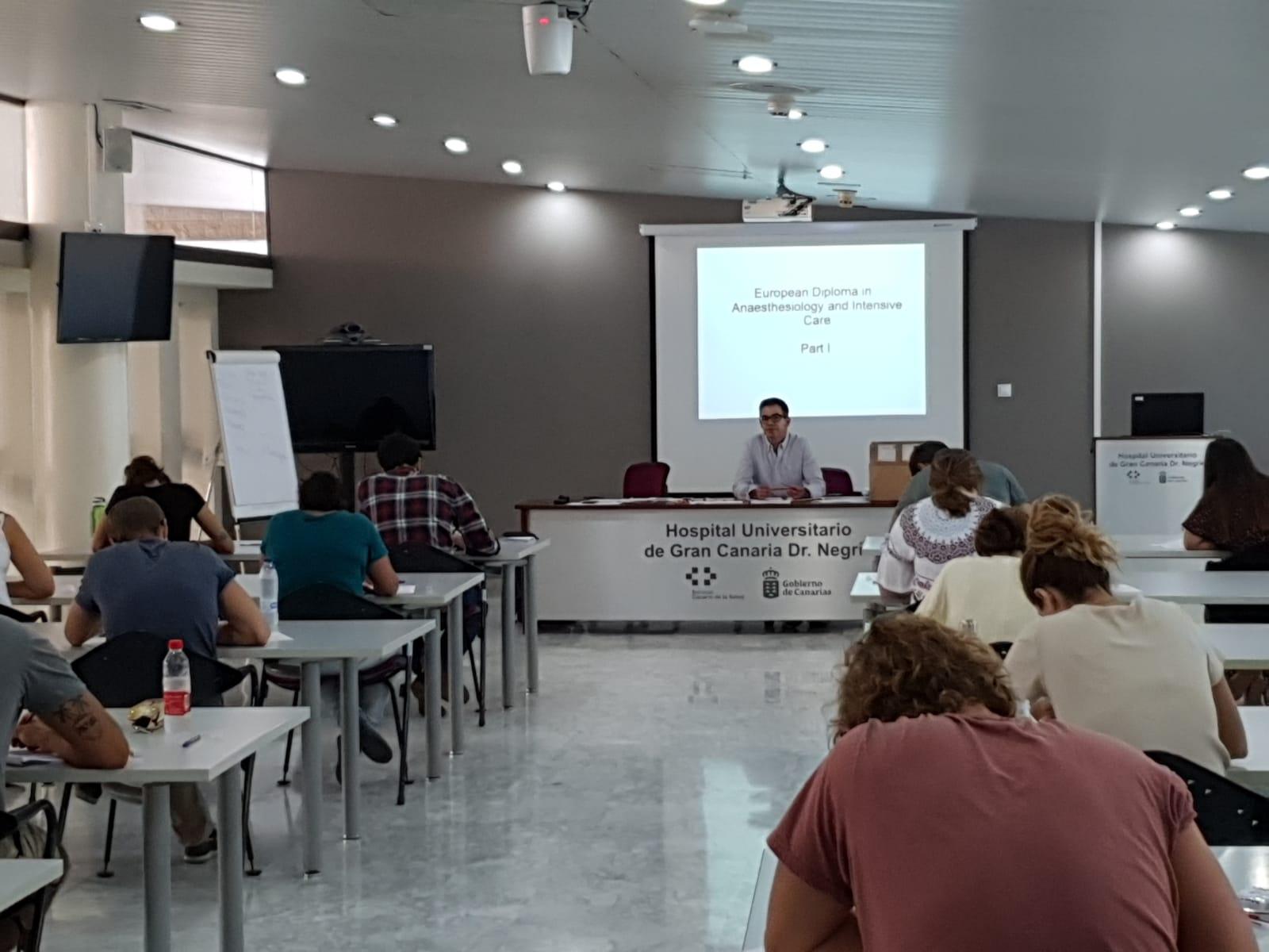 El Hospital Dr. Negrín acoge el examen para obtener el Diploma Europeo en Anestesiología y Cuidados Intensivos