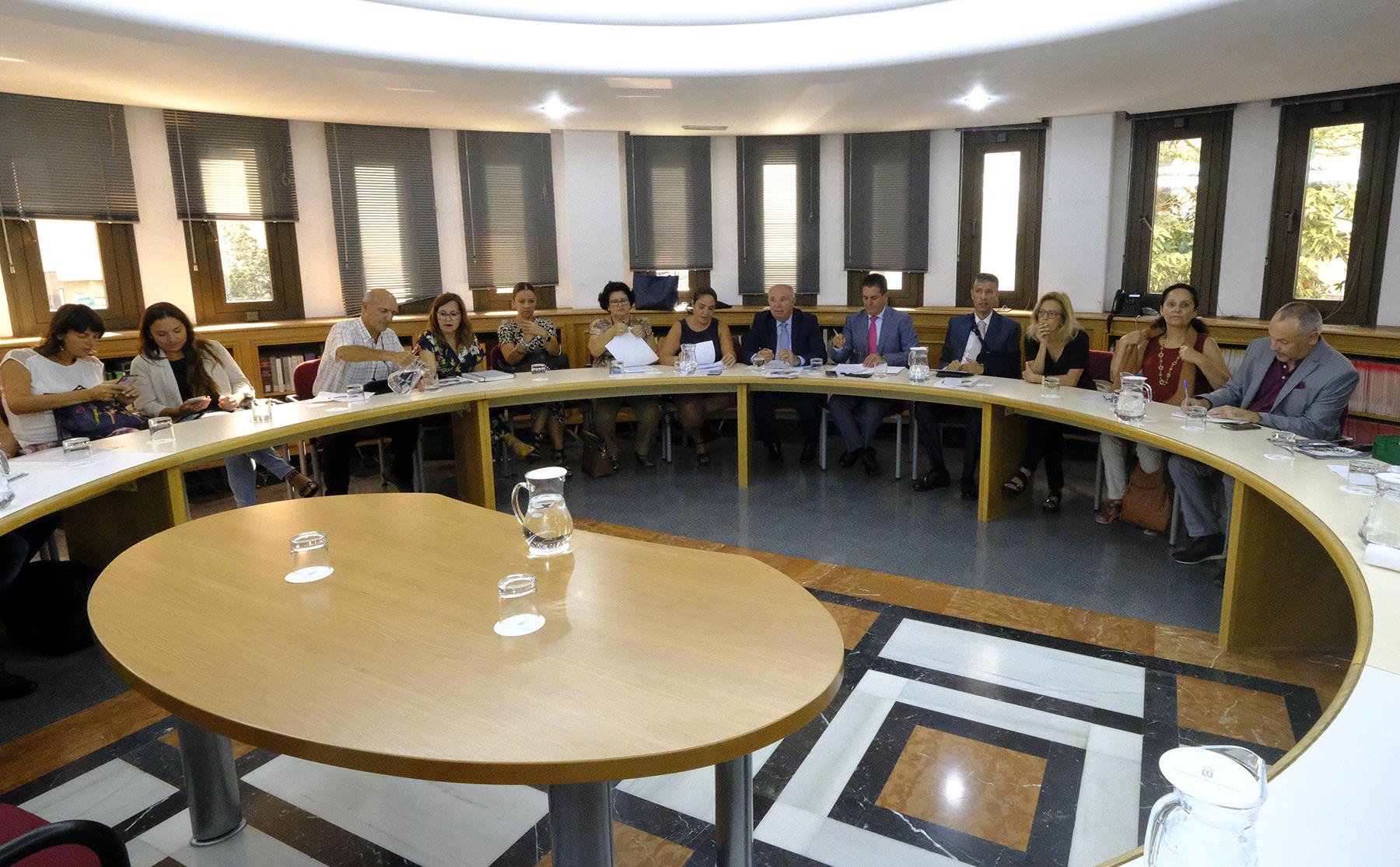 Reunión de Acción Exterior con ONG de Canarias