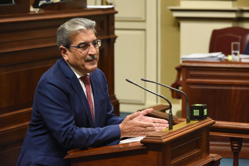 """Rodríguez: """"El Gobierno cumplirá su obligación para corregir unas cuentas heredadas que no responden al interés general"""""""