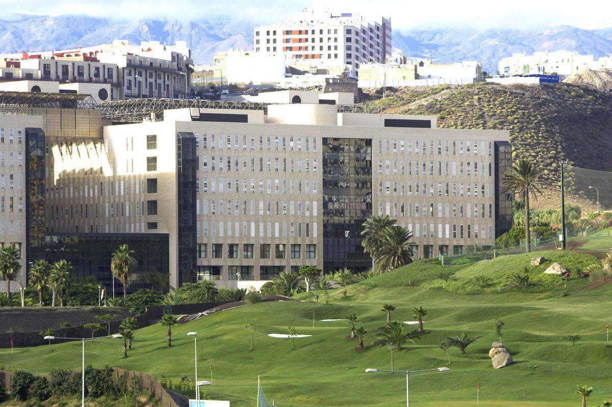 El Hospital Dr. Negrín forma parte de un programa nacional que permite reducir los días de ingreso tras una cirugía