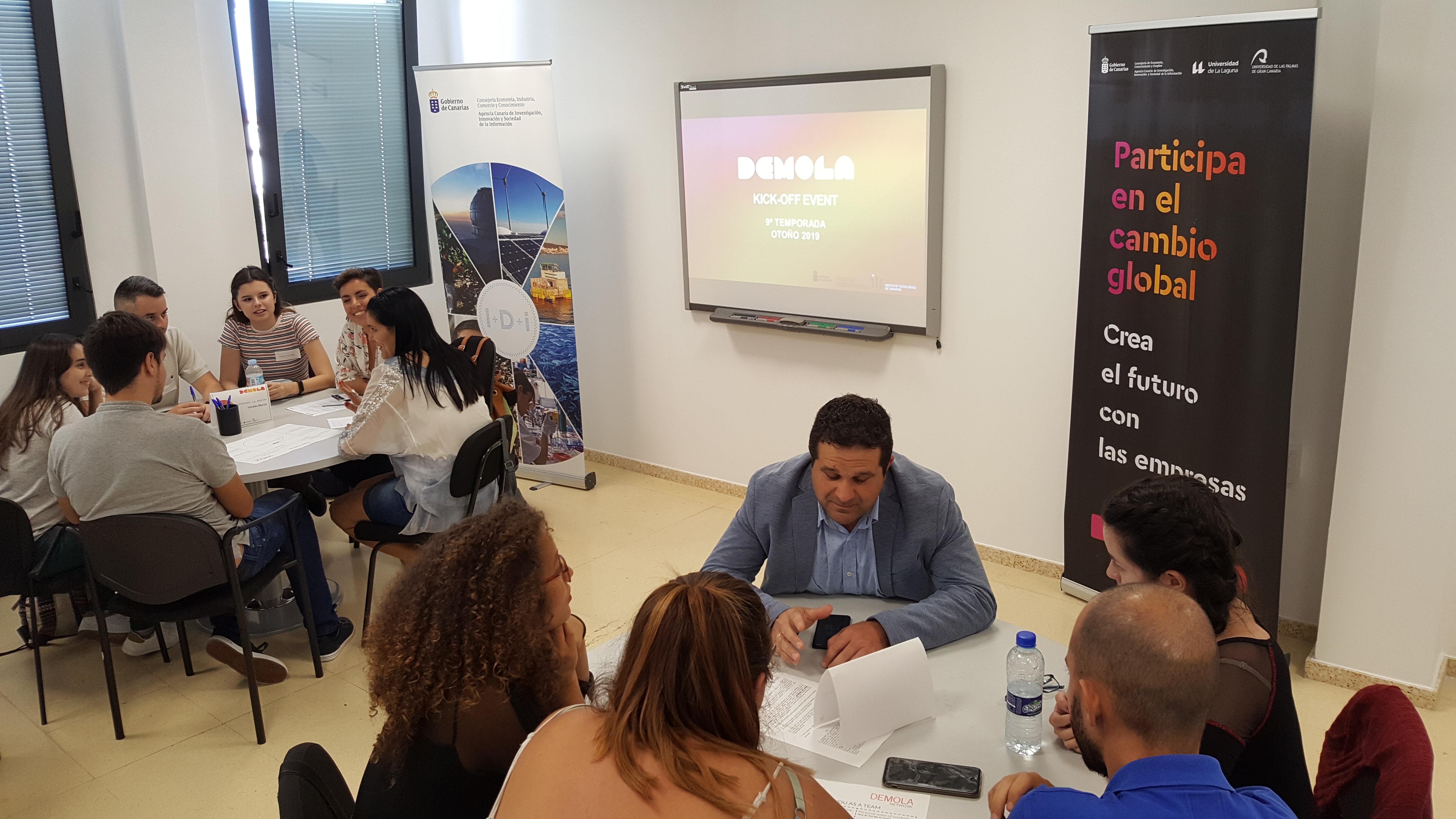 Decenas de estudiantes universitarios de la ULL y la ULPGC  participan en la novena temporada DEMOLA en Canarias