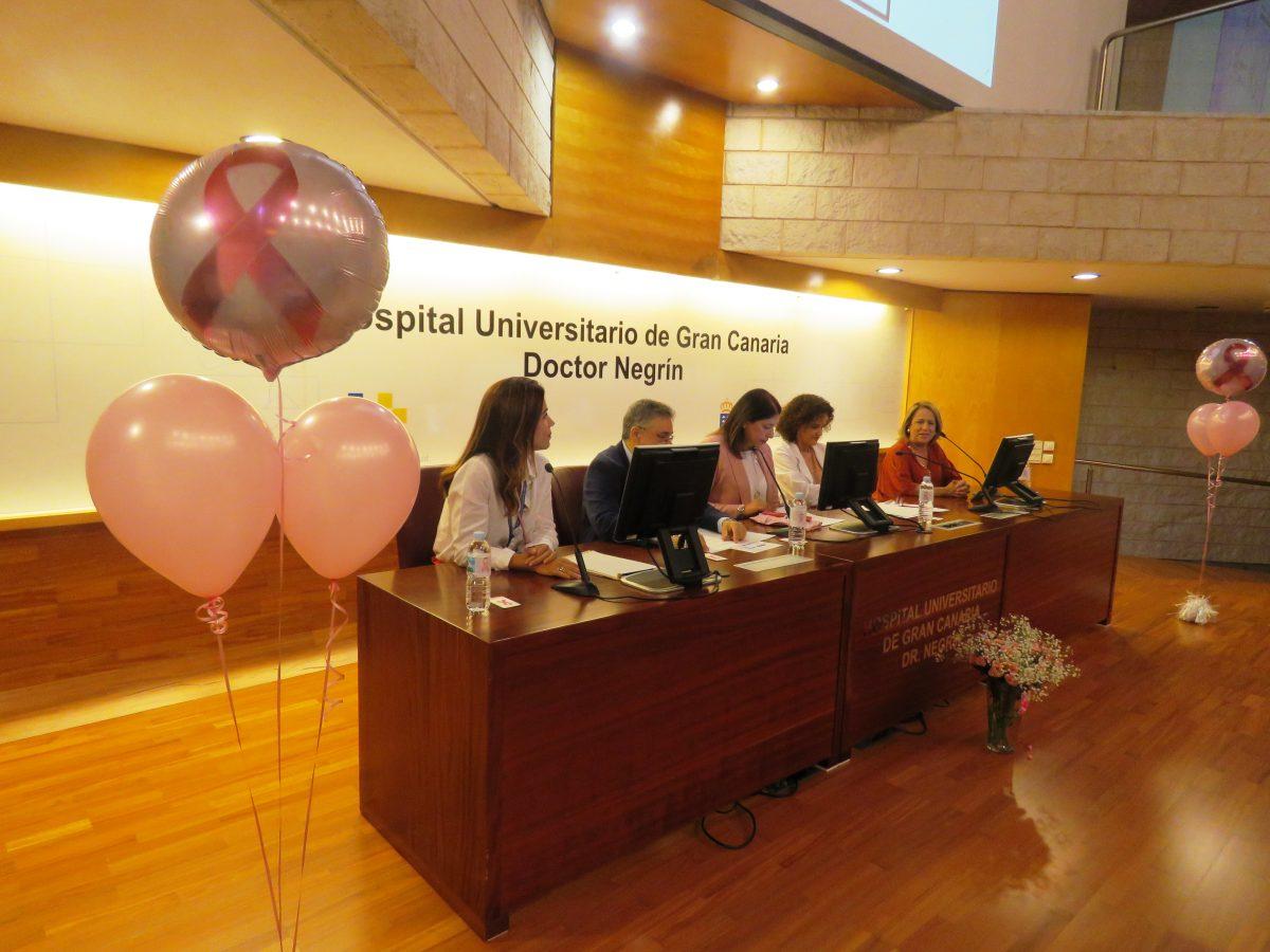 El Hospital Dr. Negrín organiza una jornada para fomentar la prevención del cáncer de mama