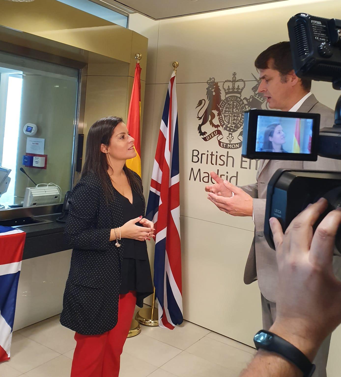 28102019 Visita embajada Reino Unido