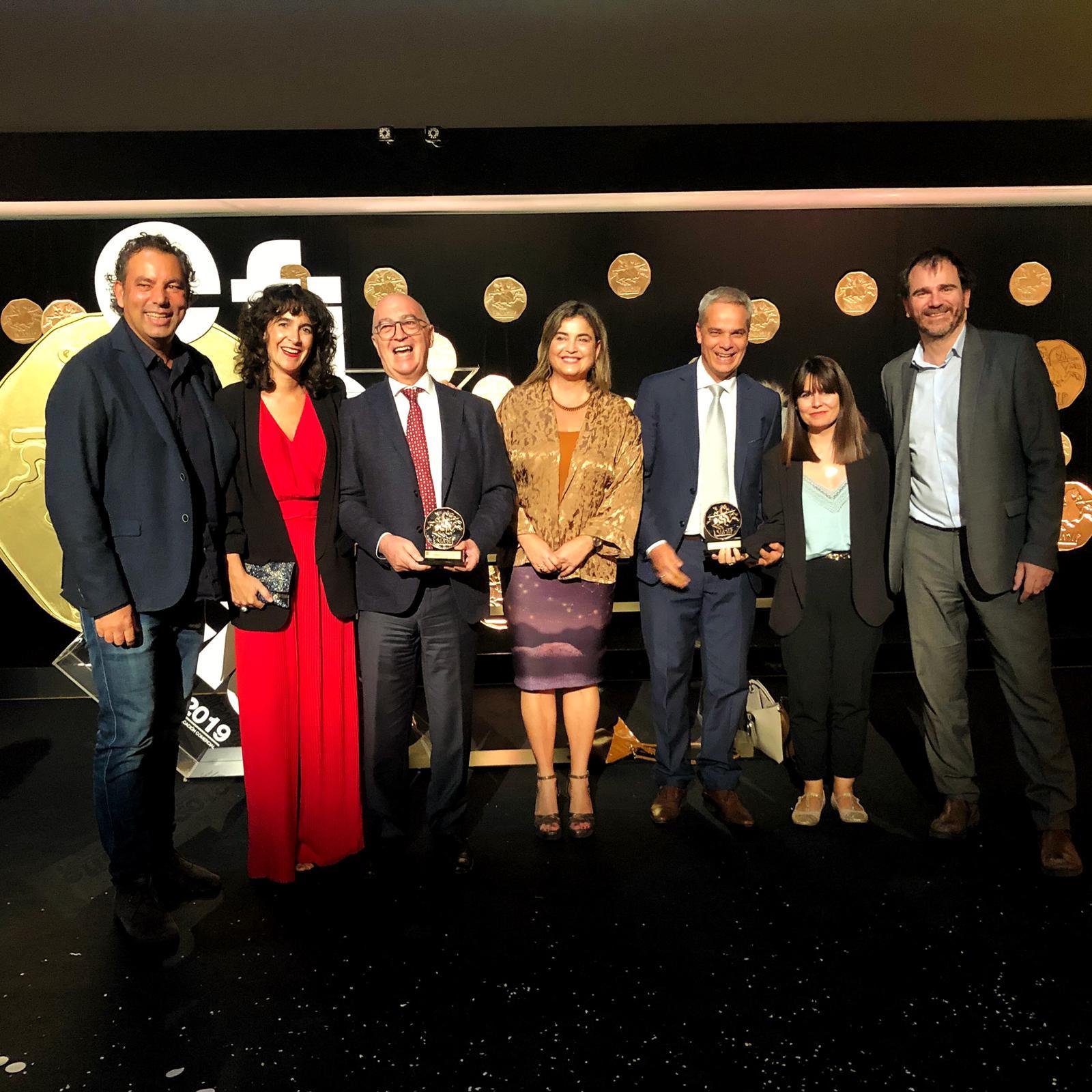 El equipo de Turismo de Canarias con el viceconsejero al frente recoge el premio.